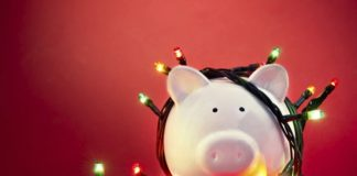 12 Ideas to Save Money This Christmas Season